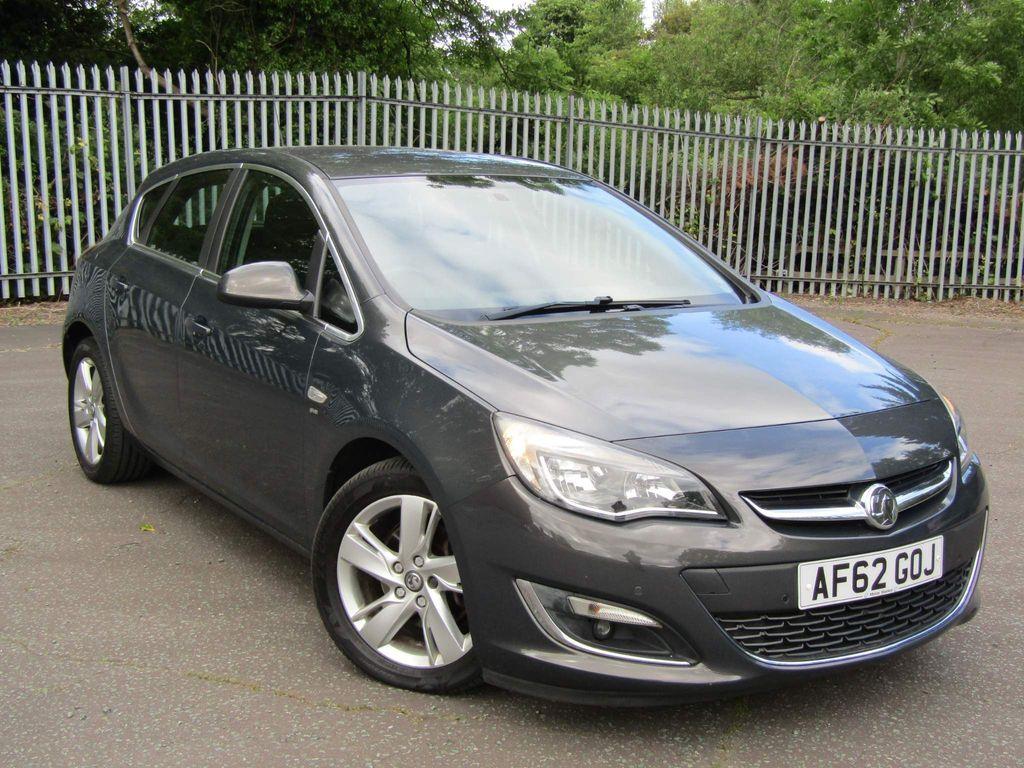 Vauxhall Astra Hatchback 2.0 CDTi SRi Auto 5dr