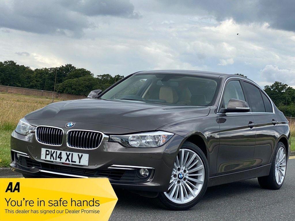 BMW 3 Series Saloon 2.0 320i Luxury (s/s) 4dr