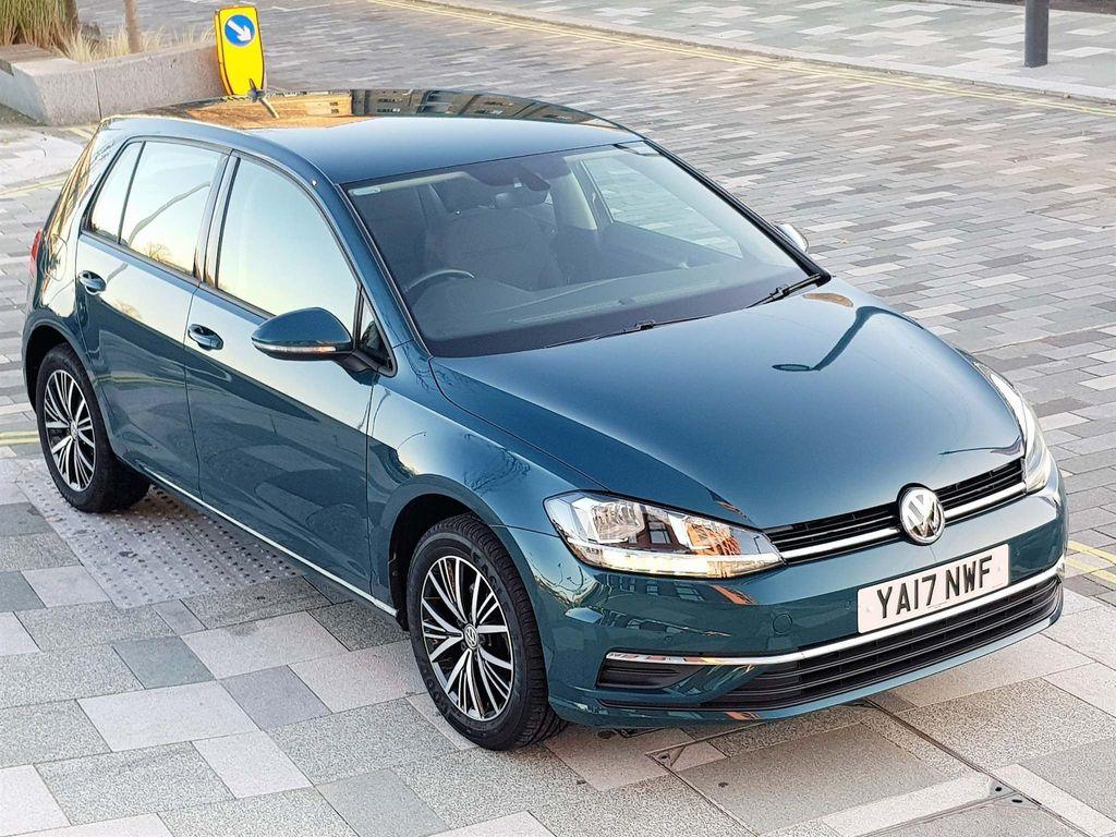 Volkswagen Golf Hatchback 1.0 TSI BlueMotion Tech SE Nav DSG (s/s) 5dr
