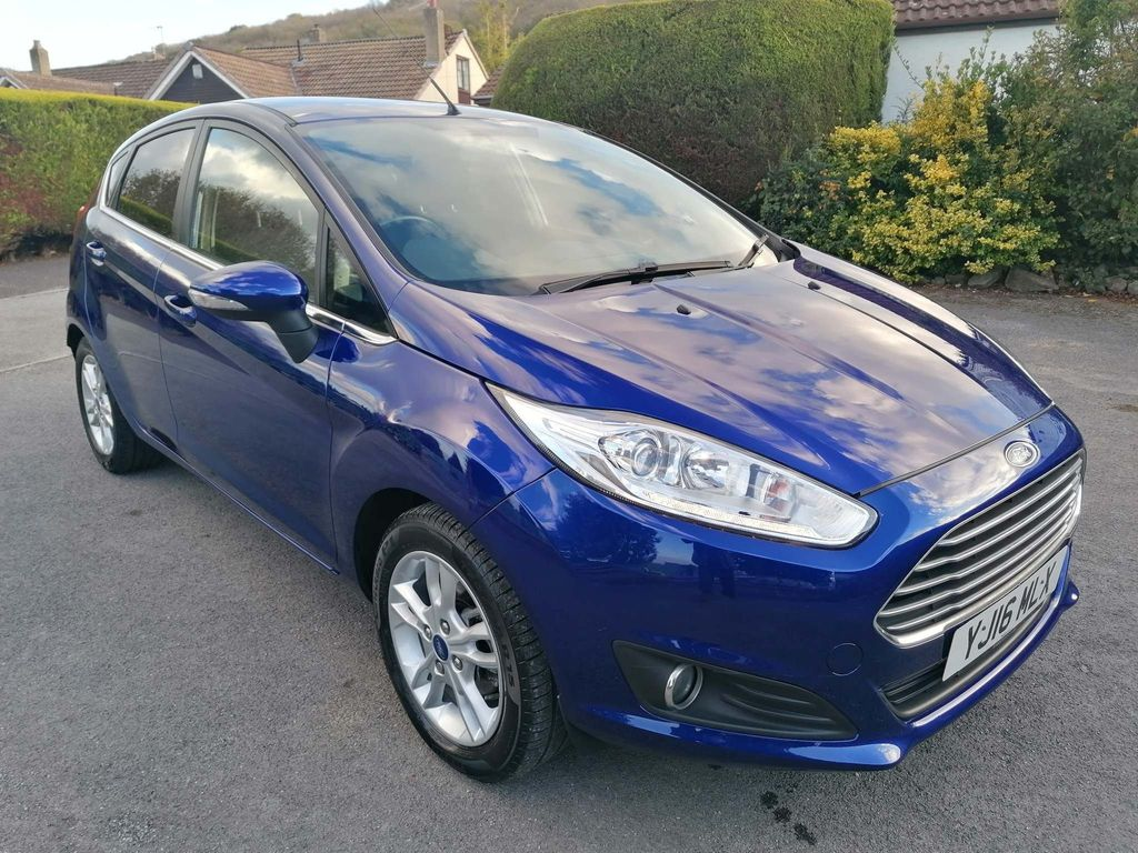 Ford Fiesta Hatchback 1.0 EcoBoost Zetec Blue Edition (s/s) 5dr
