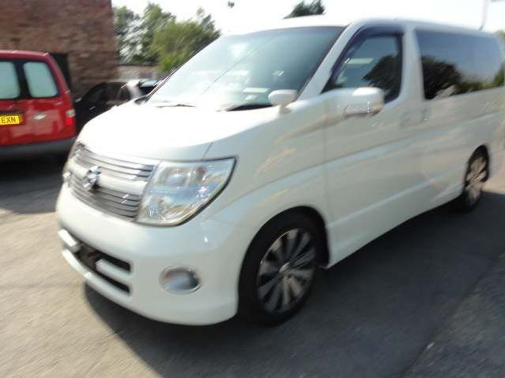 NISSAN ELGRAND MPV HIGHWAY STAR SERIES 3 FRESH HI GRADE