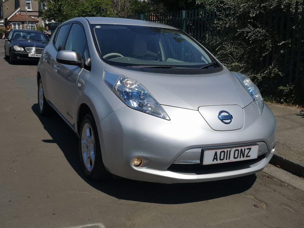 Nissan Leaf Hatchback (24kWh) 5dr