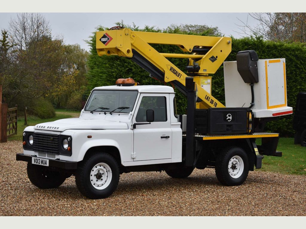 Land Rover Defender 130 Chassis Cab 2.2 D DPF Chassis Cab 2dr