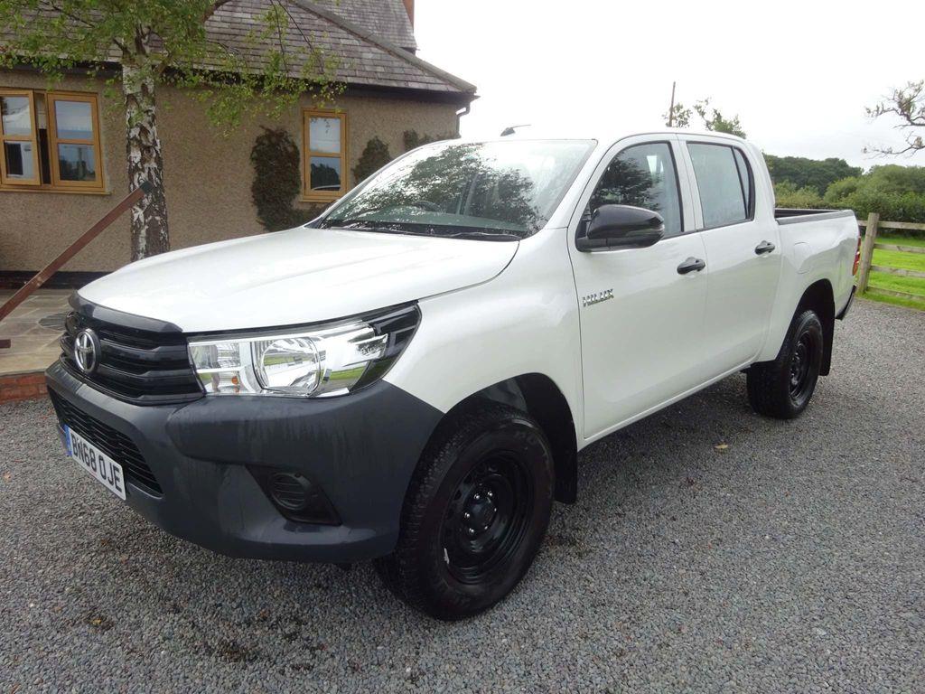 Toyota Hilux Pickup 2.4 D-4D Active Double Cab Pickup 4WD EU6 4dr (3.5t)