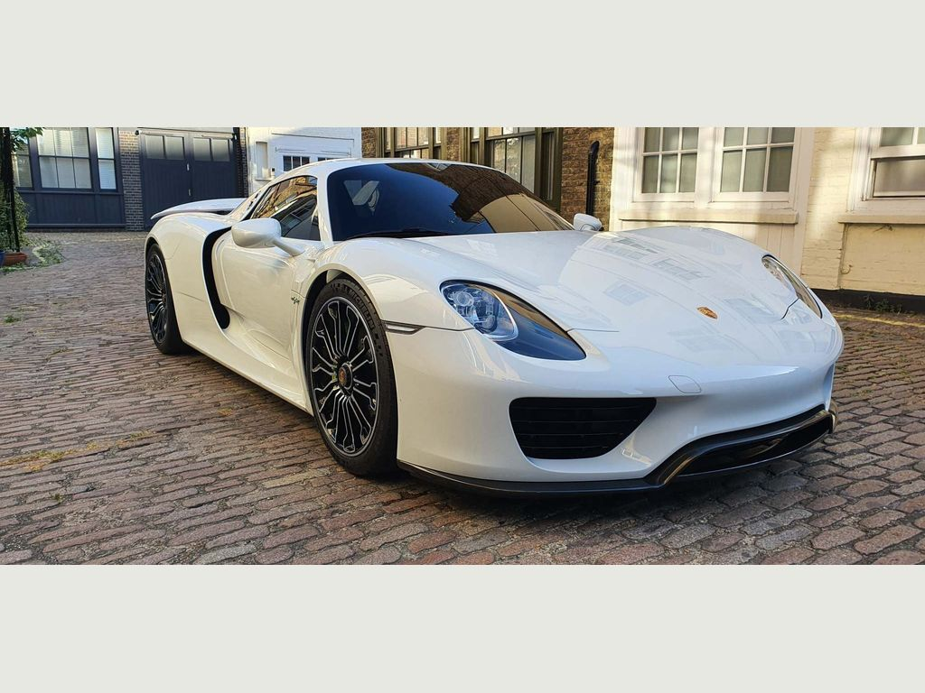 Porsche 918 Unlisted petrol
