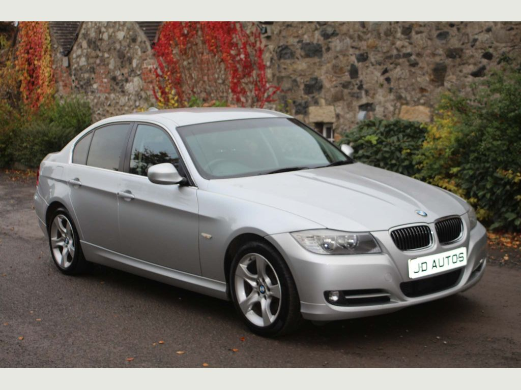 BMW 3 SERIES Saloon 2.0 320d Exclusive 4dr