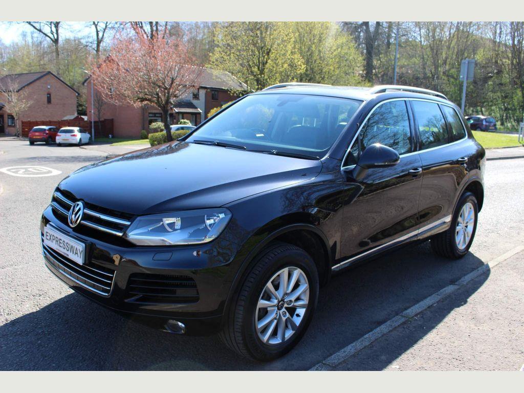 Volkswagen Touareg SUV 3.0 TDI V6 CR SE Tiptronic 4WD (s/s) 5dr