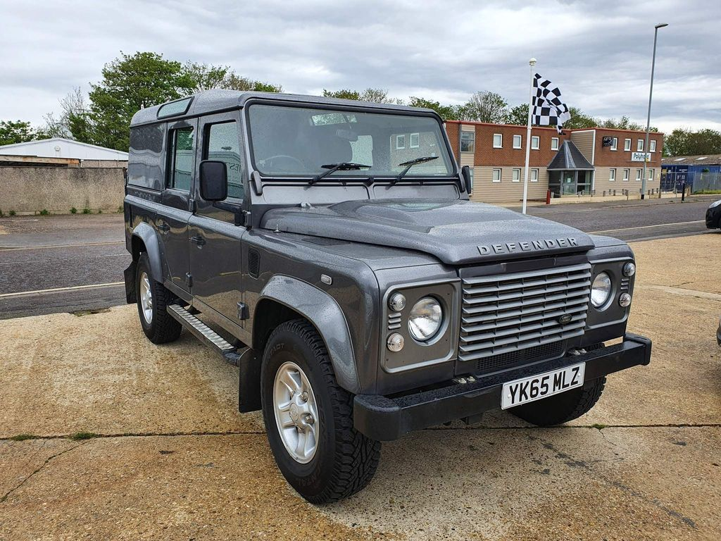 Land Rover Defender 110 SUV 2.2 TDCi County Utility Station Wagon 4WD MWB 5dr