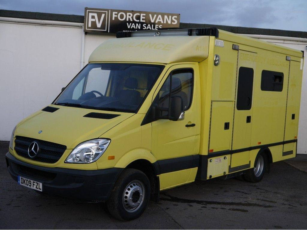 MERCEDES-BENZ SPRINTER Specialist Vehicle MERCEDES SPRINTER 515 AUTOMATIC AMBULANCE FRONTLINE CAMPER MOTORHOME CONVERSION