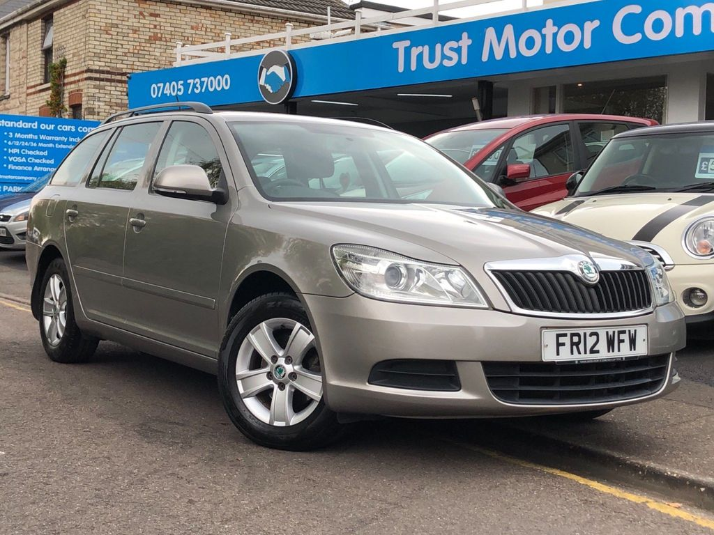 SKODA Octavia Estate 1.6 TDI CR SE 5dr
