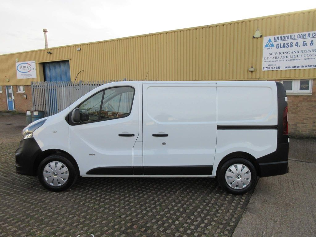 Vauxhall Vivaro Panel Van 1.6 CDTi 2900 L1 H1 EU6 5dr