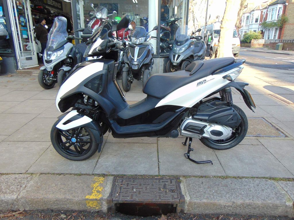 Piaggio MP3 Three Wheeler 300 Yourban LT Three Wheeler