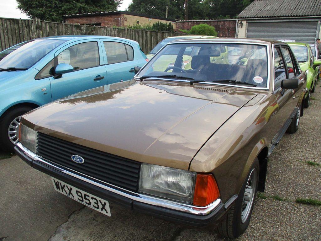 Ford Granada Saloon 2.0 L 4dr