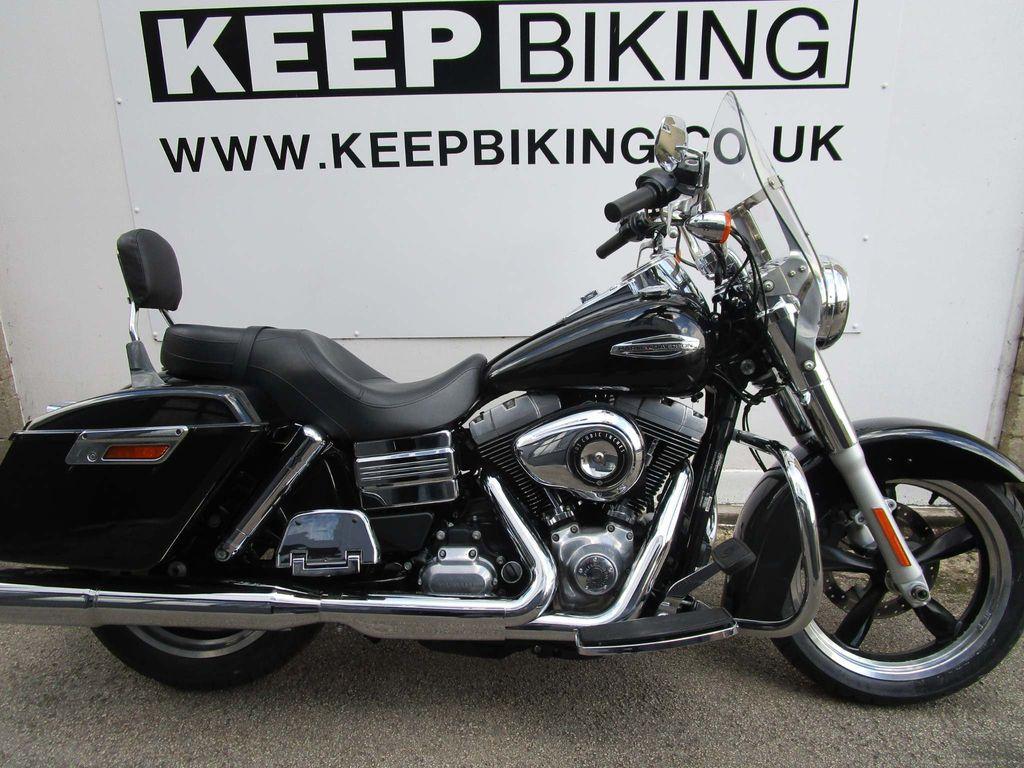 Harley-Davidson Dyna Custom Cruiser 1690 FLD Switchback