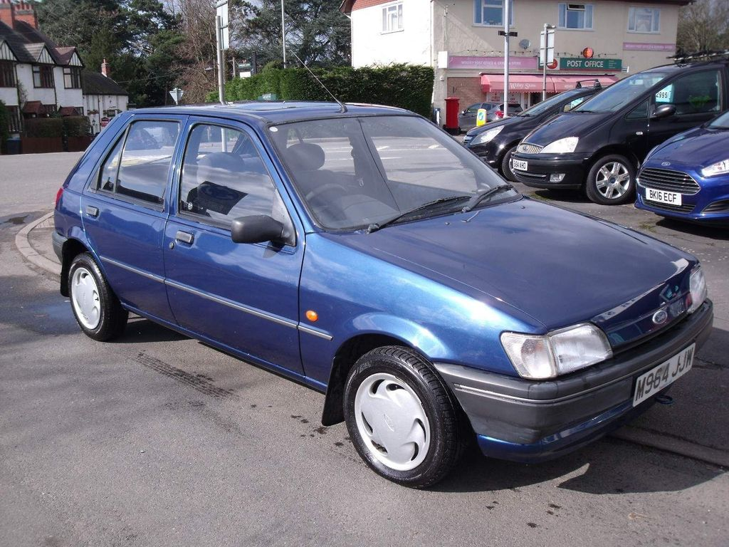 Ford Fiesta Hatchback 1.3 Equipe Limited Edition 5dr