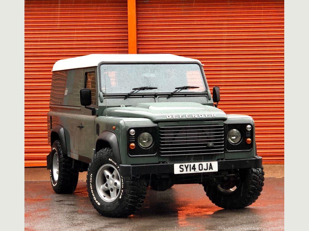 Land Rover Defender 110 SUV 2.2D DPF Hard Top MWB 3dr