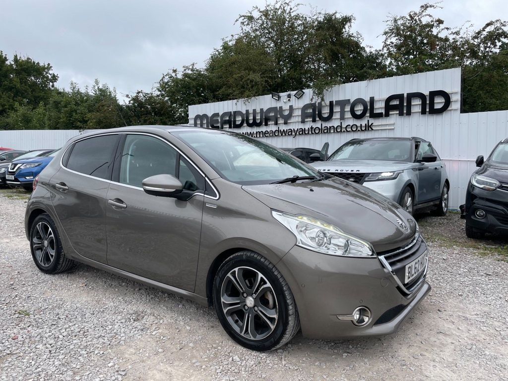 Peugeot 208 Hatchback 1.6 e-HDi Intuitive (s/s) 5dr