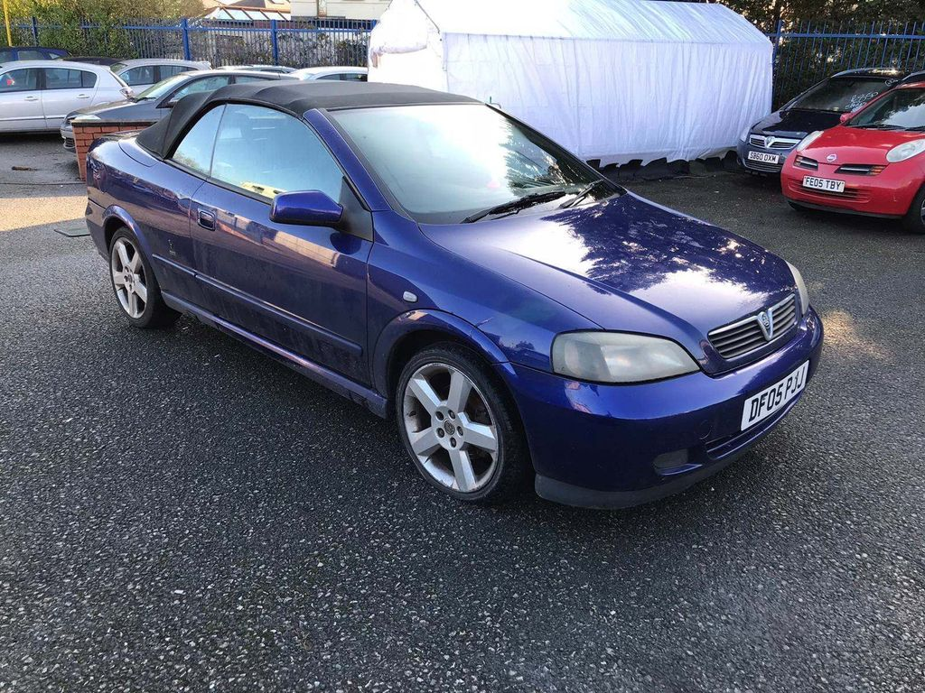 Vauxhall Astra Convertible 1.8 i 16v 2dr