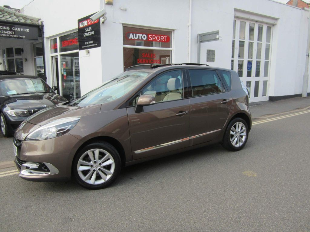 Renault Scenic MPV 1.2 TCe Dynamique TomTom (Luxe pack) (s/s) 5dr