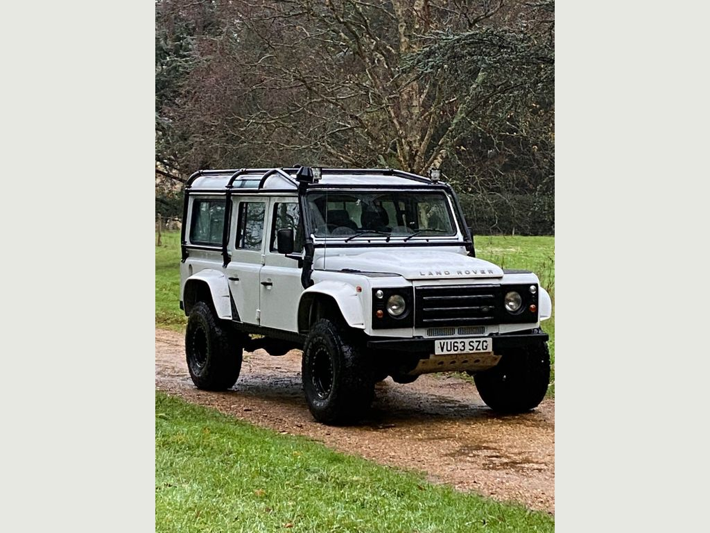 Land Rover Defender 110 SUV 2.2 D County Station Wagon 5dr