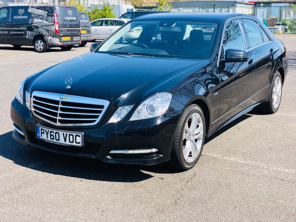 Mercedes-Benz E Class Saloon 2.1 E220 CDI BlueEFFICIENCY Avantgarde 4dr