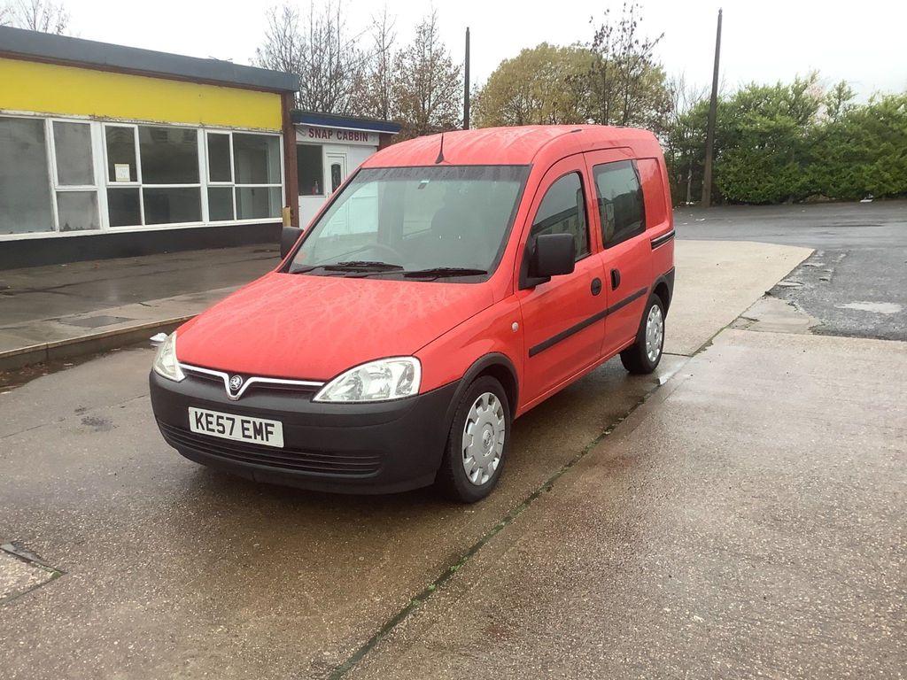 Vauxhall Combo Combi Van 1.3 COMBI VAN WITH 5 SEATS, 6 DOORS