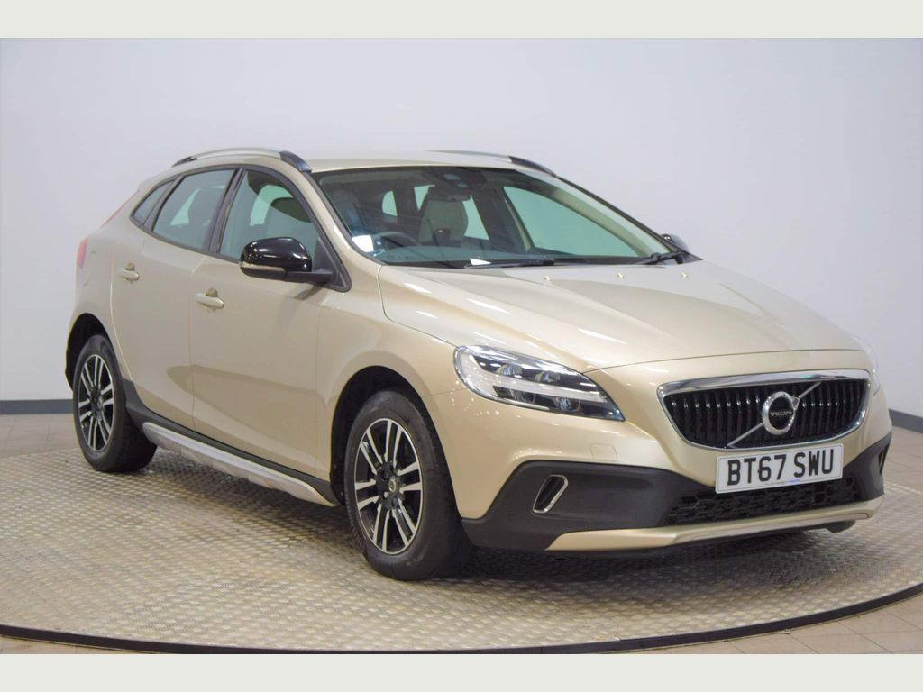 Volvo V40 Cross Country Hatchback 2.0 D2 Nav Plus Cross Country Auto (s/s) 5dr