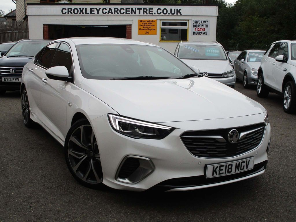 Vauxhall Insignia Hatchback 2.0 BiTurbo D BlueInjection GSi Nav Grand Sport 4WD (s/s) 5dr