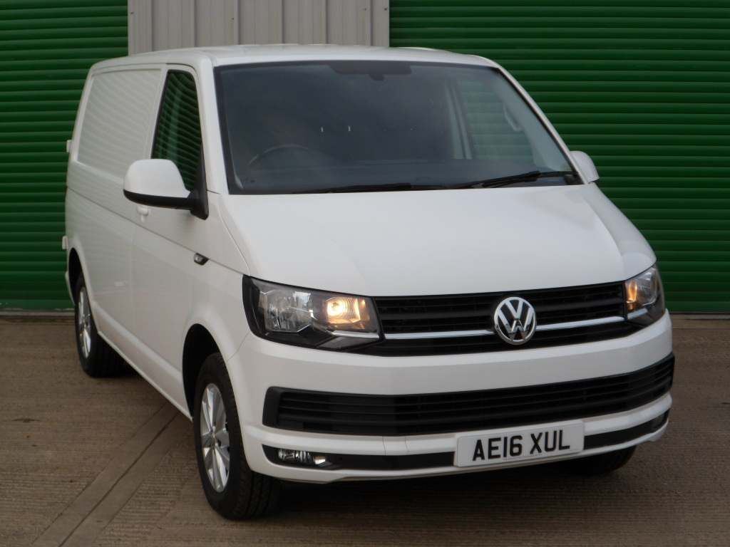 Volkswagen Transporter Panel Van 2.0 TDI T28 BlueMotion Tech Highline FWD SWB EU5 (s/s) 5dr