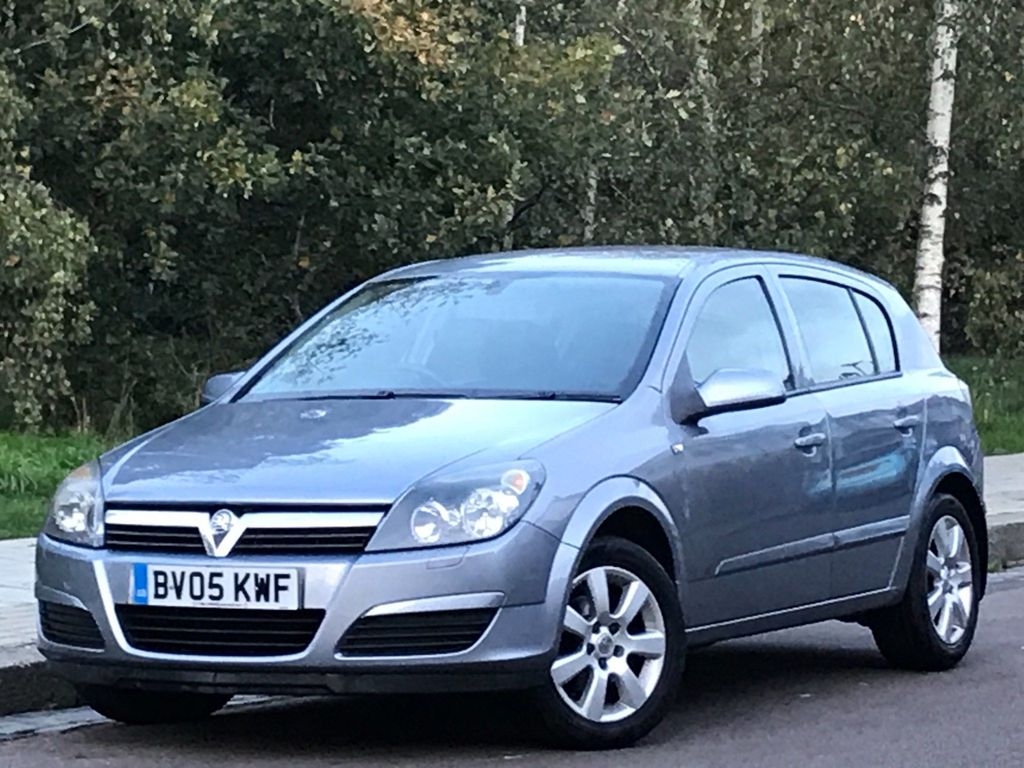 Vauxhall Astra Hatchback 1.8 i 16v Breeze 5dr