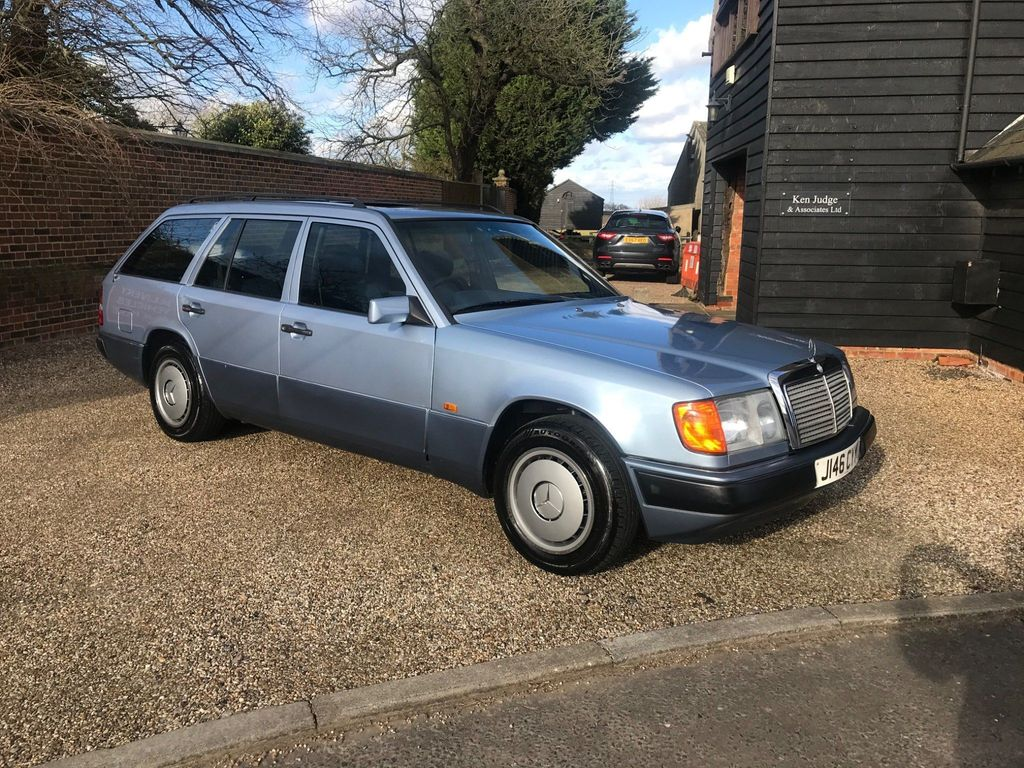 Mercedes-Benz 230 Estate 2.3 TE 5dr