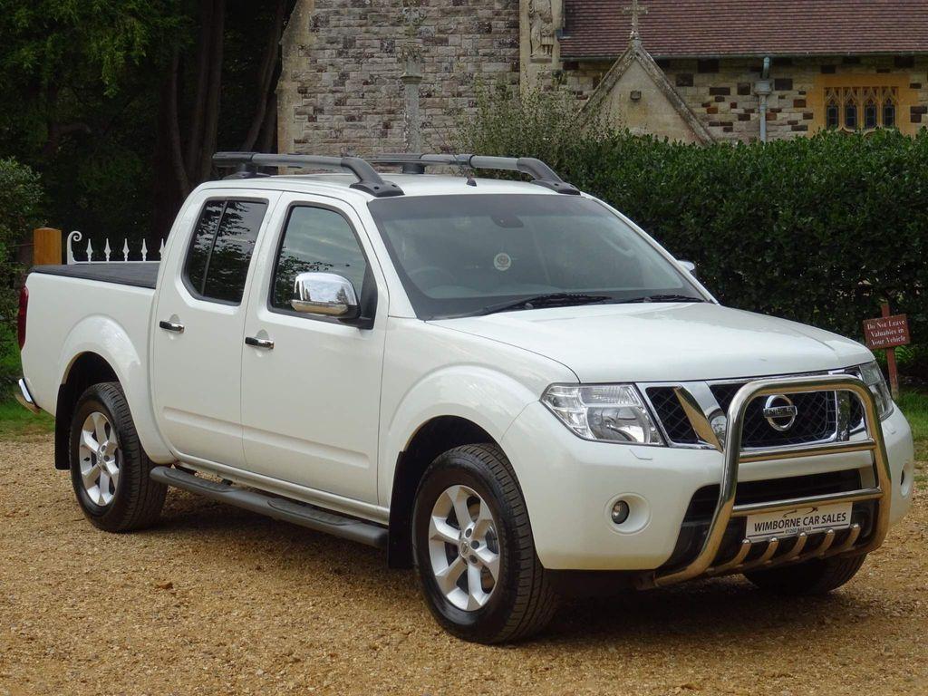 Nissan Navara Pickup 2.5 dCi Tekna Double Cab Pickup 4WD 4dr (EU5)