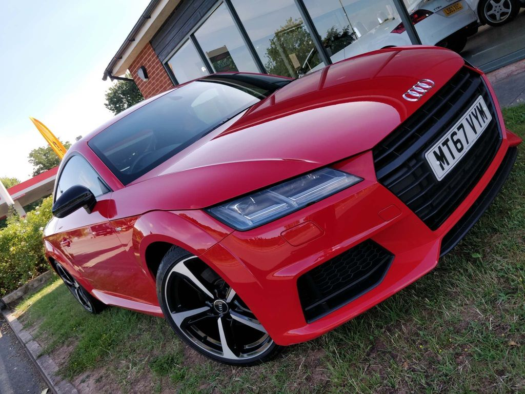 Audi TT Coupe 1.8 TFSI Black Edition (s/s) 3dr