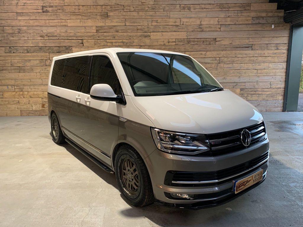 Volkswagen Caravelle MPV 2.0 BiTDI Executive DSG 4Motion (s/s) 5dr