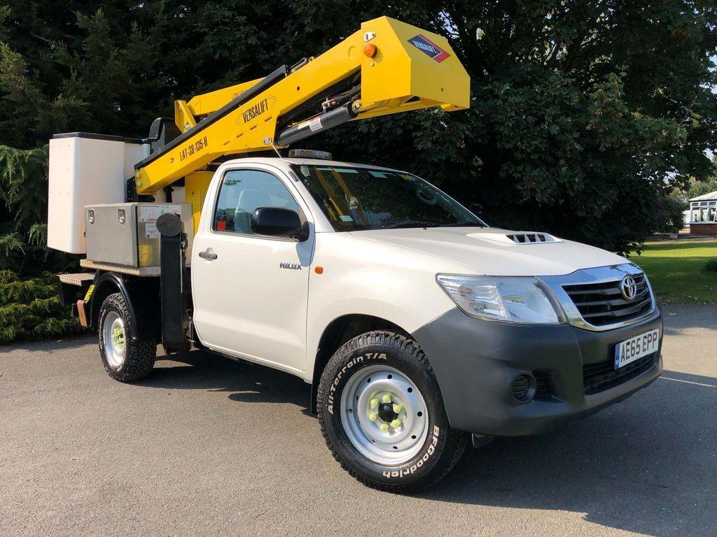 Toyota Hilux Specialist Vehicle 2.5 4WD 13.2m Versalift Cherry Picker