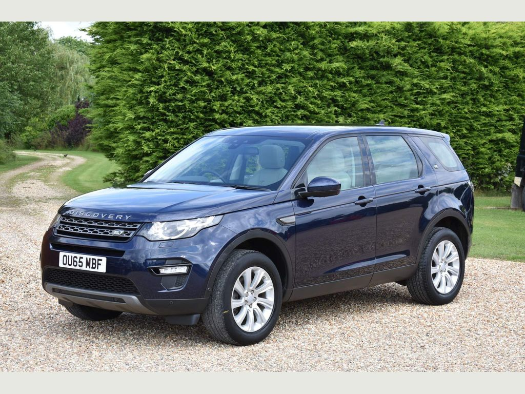 Land Rover Discovery Sport SUV 2.0 TD4 SE Tech 4WD (s/s) 5dr