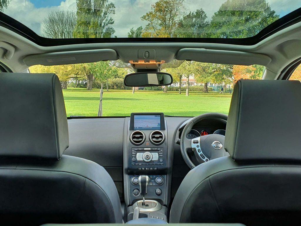 Nissan Qashqai Hatchback 2.0 Tekna CVT 2WD 5dr