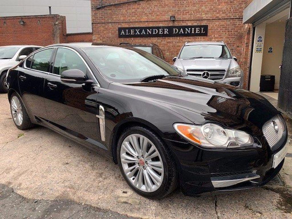 Jaguar XF Saloon 3.0d V6 Premium Luxury 4dr