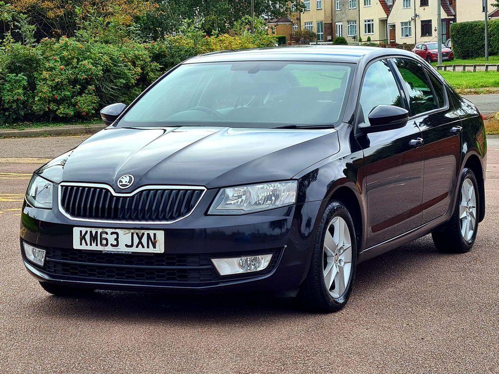 SKODA Octavia Hatchback 2.0 TDI CR SE 5dr