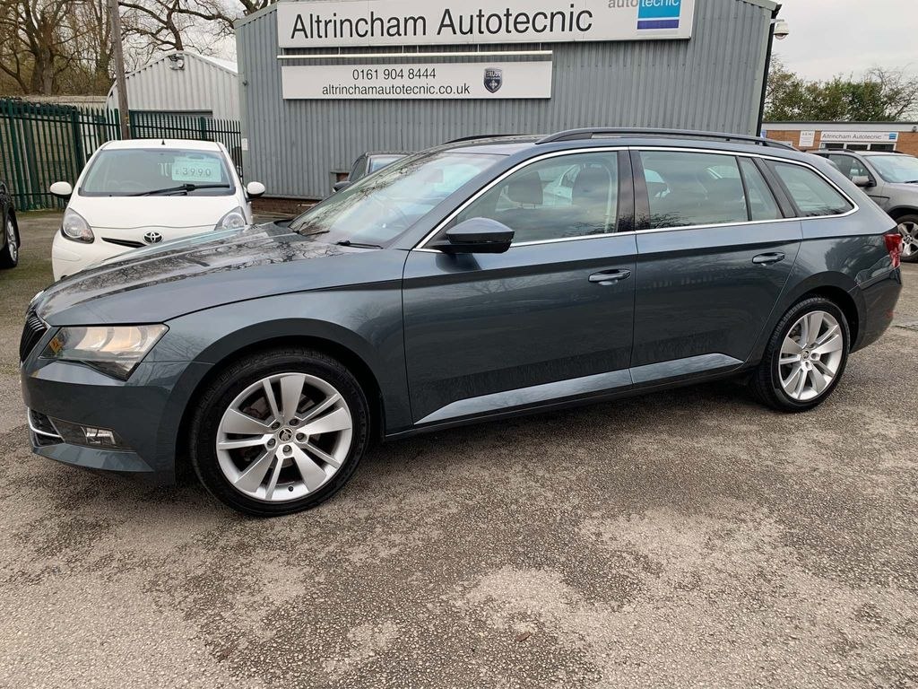 SKODA Superb Estate 1.6 TDI SE (s/s) 5dr