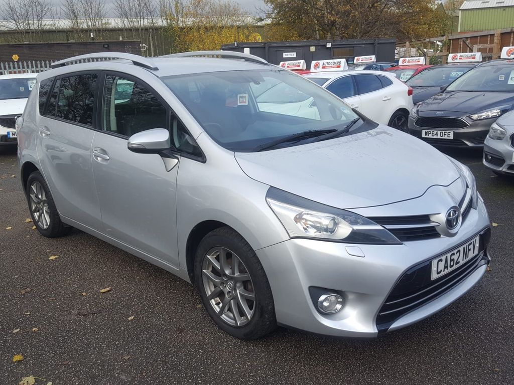 Toyota Verso MPV 2.0 D-4D Excel 5dr