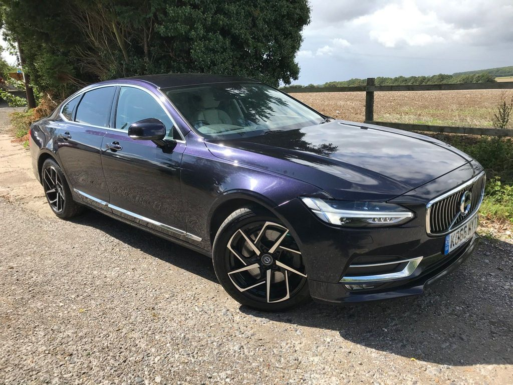 Volvo S90 Saloon 2.0 D5 PowerPulse Inscription Auto AWD (s/s) 4dr