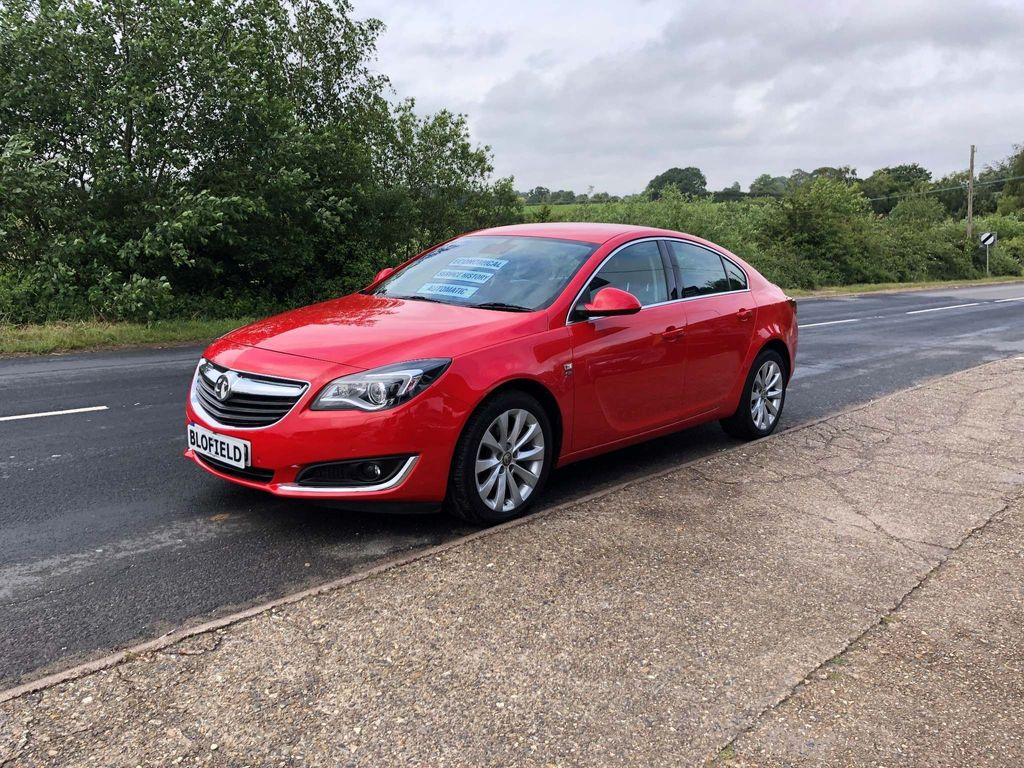 Vauxhall Insignia Hatchback 2.0 CDTi BlueInjection Elite Nav Auto 5dr