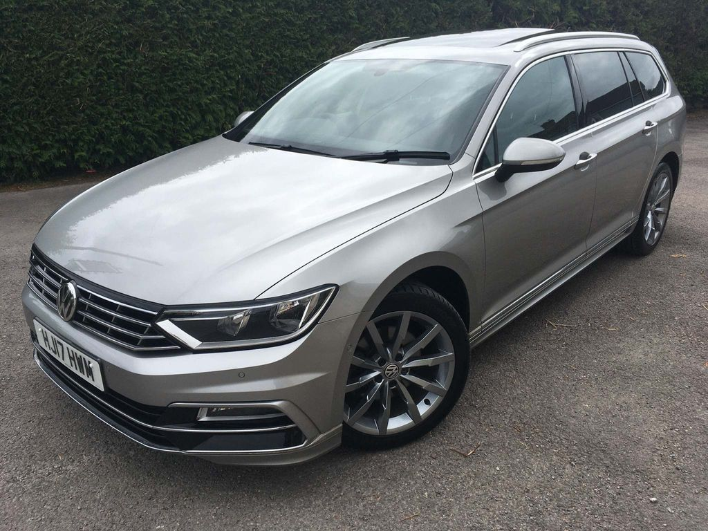 Volkswagen Passat Estate 2.0 TDI BlueMotion Tech R-Line (s/s) 5dr