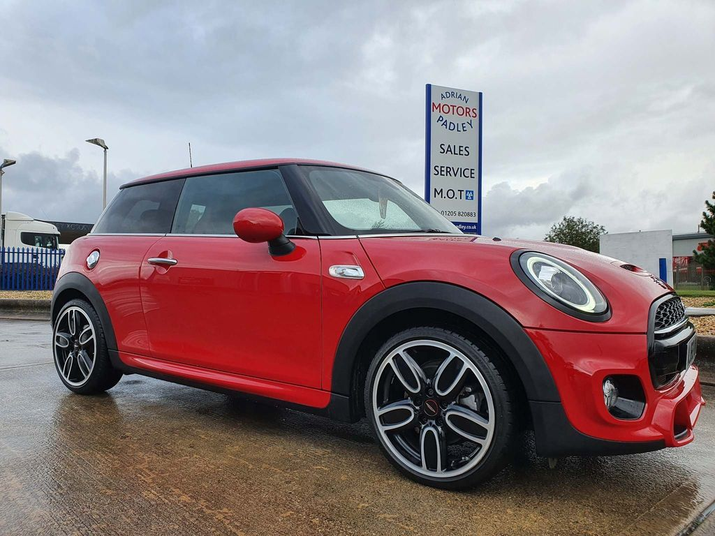 MINI Hatch Hatchback 2.0 Cooper S Sport (s/s) 3dr
