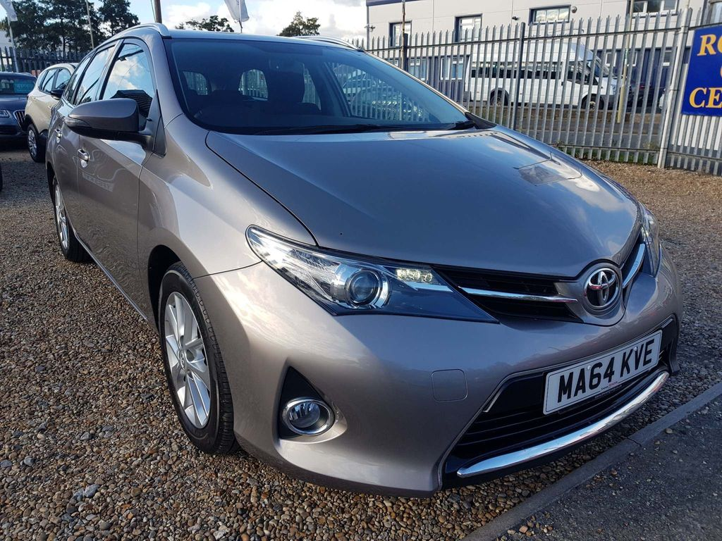 Toyota Auris Estate 1.6 V-Matic Icon Touring Sports 5dr