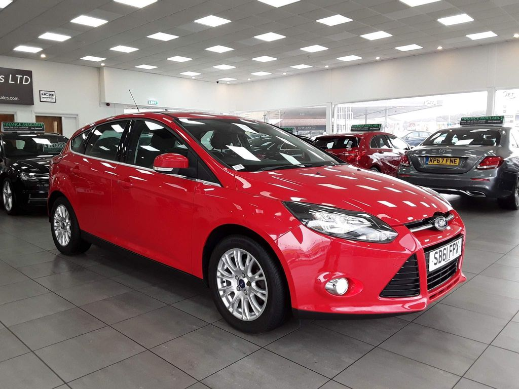 Ford Focus Hatchback 1.6 Ti-VCT Titanium Powershift 5dr