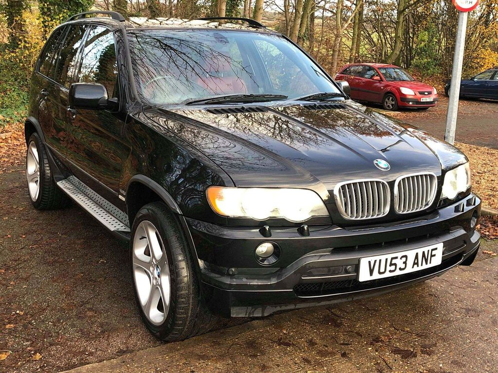 BMW X5 SUV 4.6 is 5dr