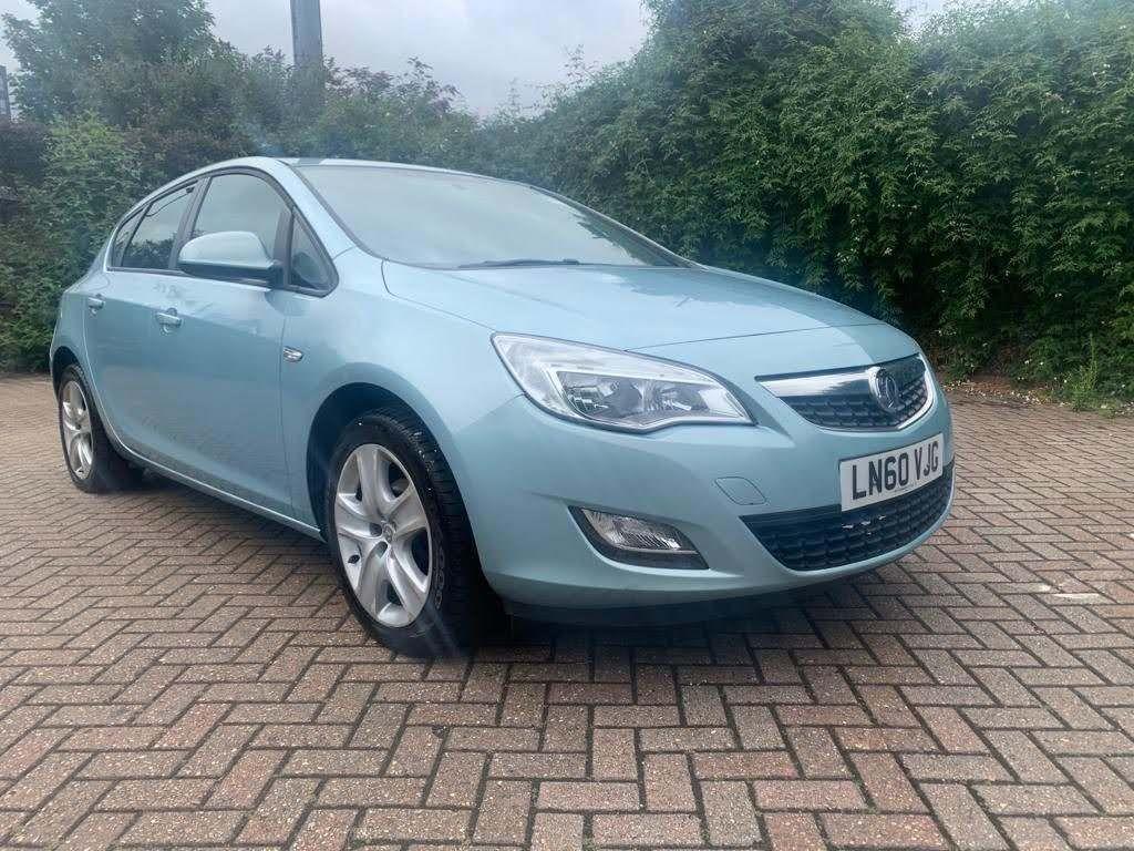 Vauxhall Astra Hatchback 1.4T 16v Exclusiv 5dr