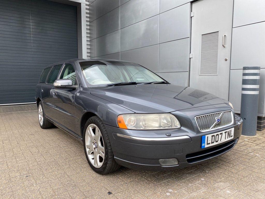 Volvo V70 Estate 2.4 D SE Geartronic 5dr
